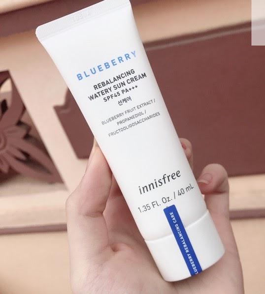 Review Kem chống nắng vật lý innisfree Blueberry Rebalancing Watery Sun Cream SPF45 Pa+++