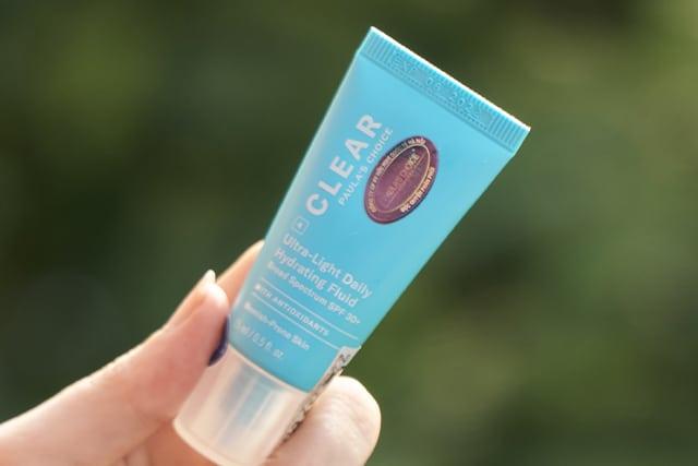 Review Kem chống nắng cho da dầu mụn Paula's Choice Clear Ultra Light Daily Fluid SPF 30