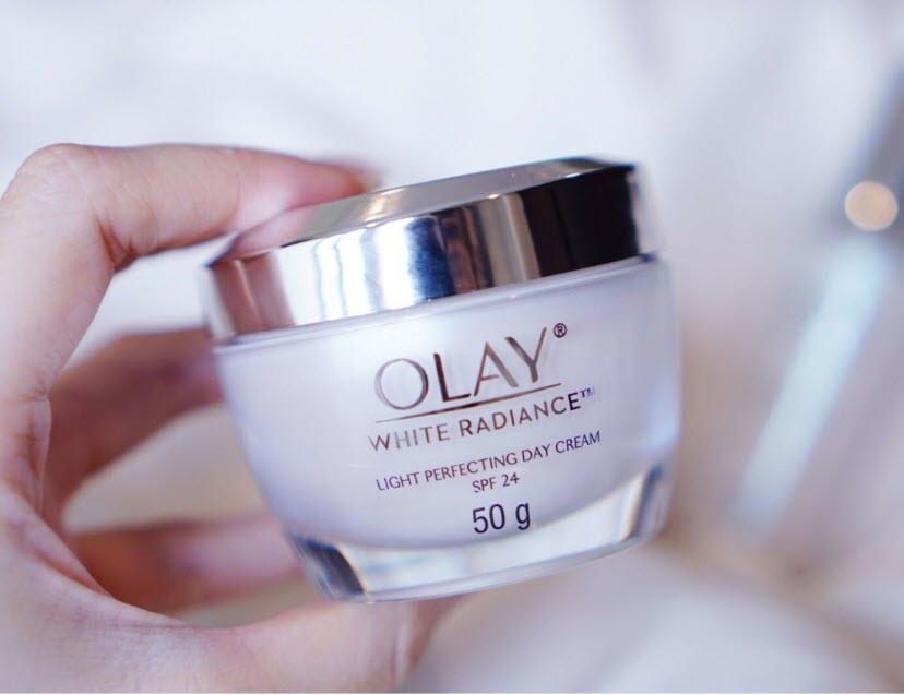 Review Kem dưỡng trắng da Thái Lan Olay White Radiance Light Perfecting Day Cream SPF 24