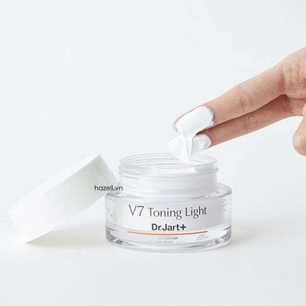 Review Kem dưỡng trắng da mặt cho da dầu Dr.Jart+ V7 Toning Light