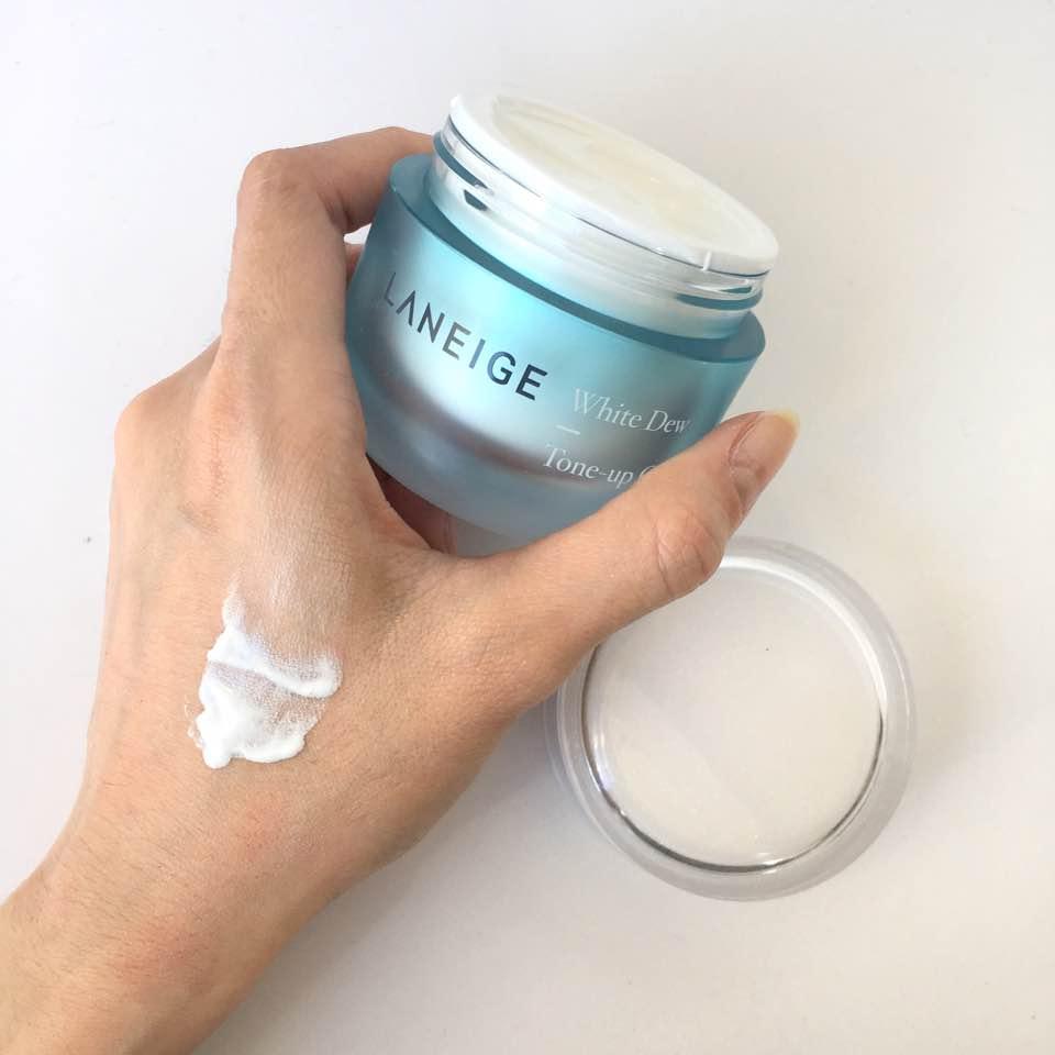 Review Kem dưỡng trắng da mặt cho da dầu Laneige White Dew Tone Up Cream
