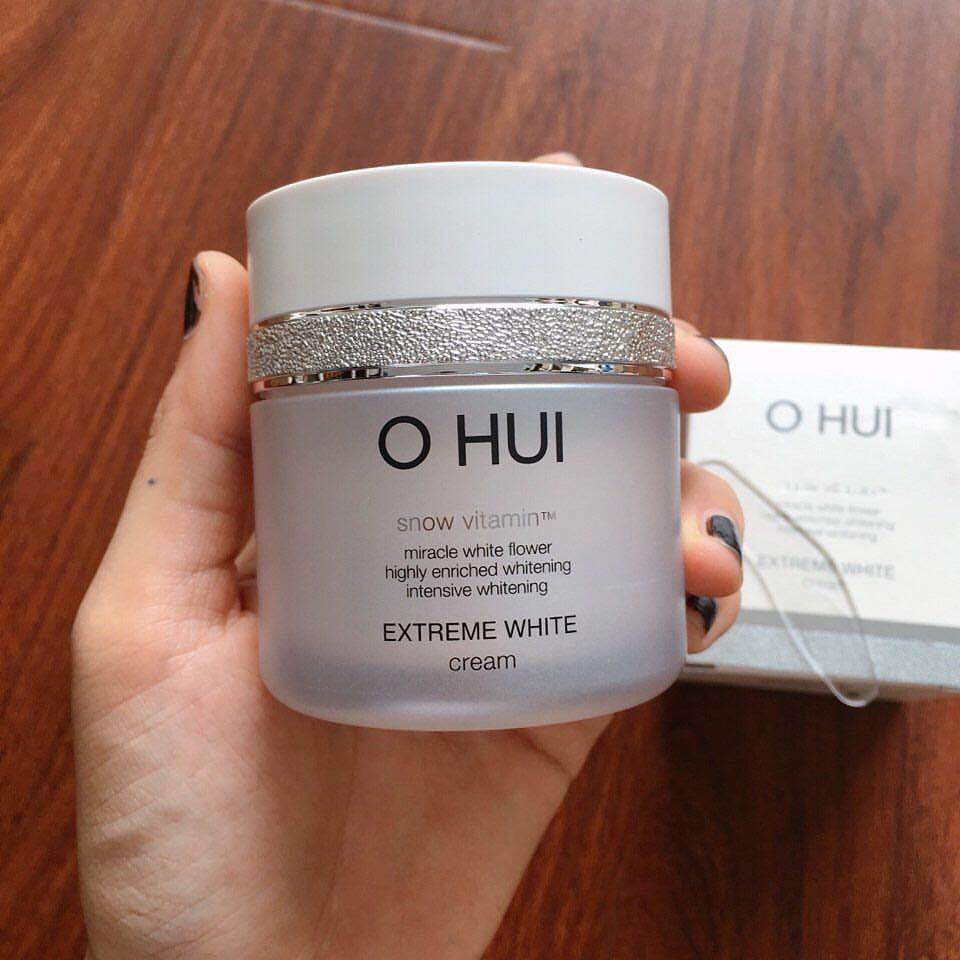 Review Kem dưỡng trắng da mặt cho da dầu OHUI Extreme White Cream