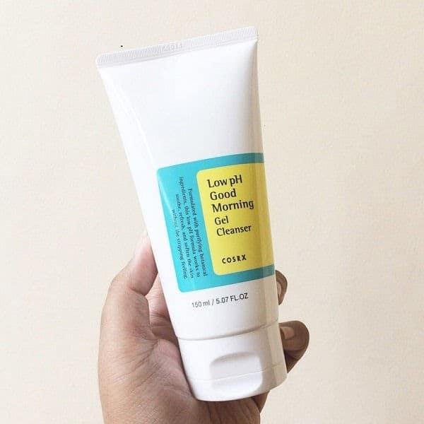 Review Sữa rửa mặt cho tuổi dậy thì Cosrx Low pH Good Morning Gel Cleanser