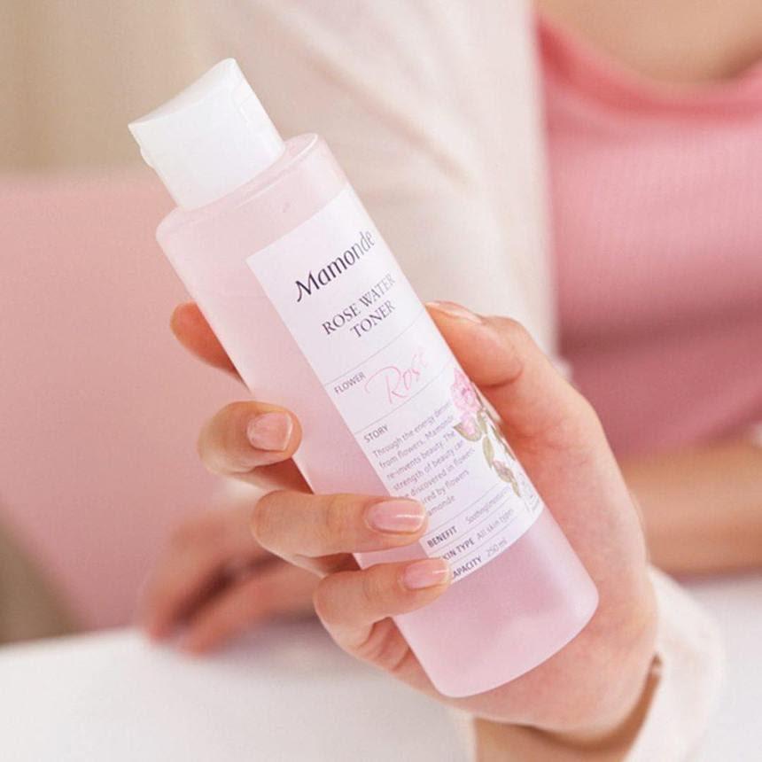 Review Nước hoa hồng cung cấp độ ẩm Mamonde Rose Water Toner