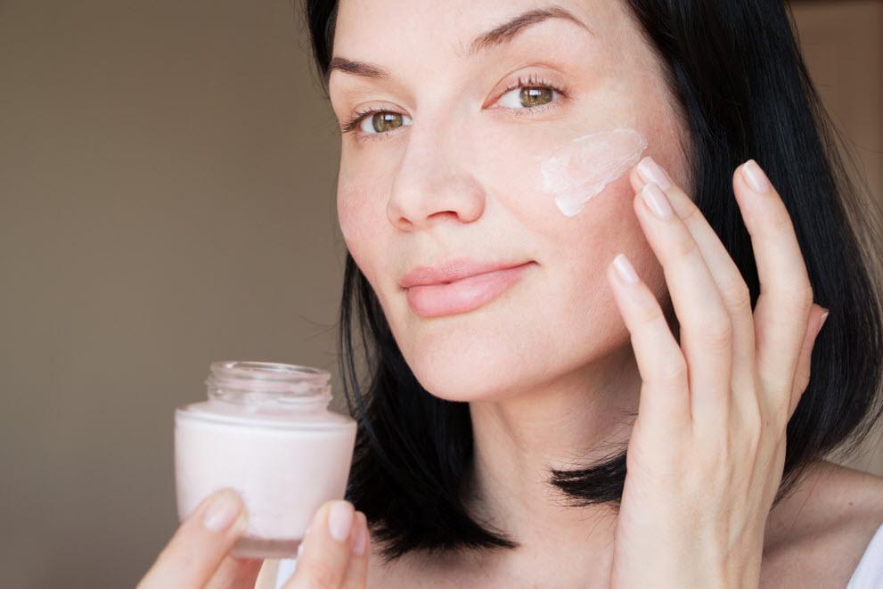 Cách chọn kem dưỡng ẩm cho da dầu