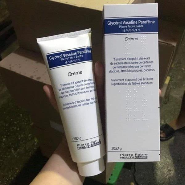 Review Kem dưỡng ẩm giảm tràm cho bé Dexeryl