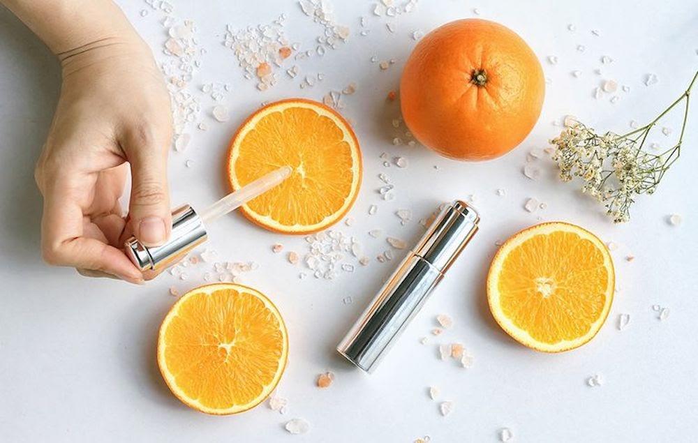 Các bước sử dụng serum vitamin trong quy trình chăm sóc da