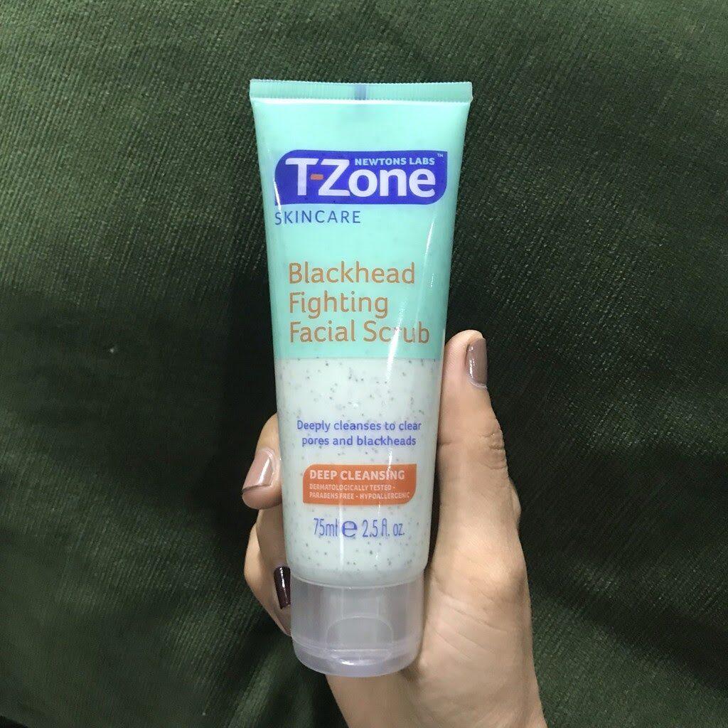 review Kem tẩy tế bào chết cho da mụn T-Zone Blackhead Fighting Facial Scrub