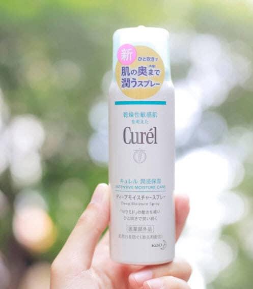 Review Xịt khoáng cho da nhạy cảm Curél Deep Moisture Spray